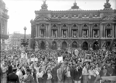 adios europa paris 08-05-1945 2