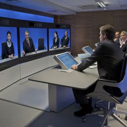 Telepresence – beaming into a Knowledge Café