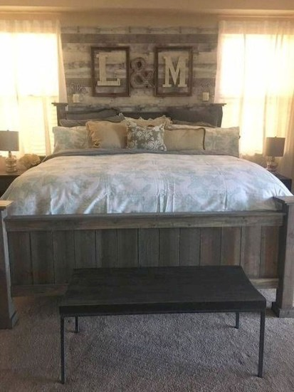 Amazing Rustic Farmhouse Master Bedroom Ideas 15