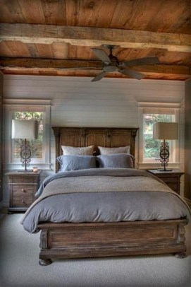 Amazing Rustic Farmhouse Master Bedroom Ideas 24