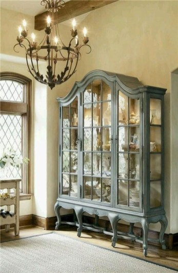 Incredible Fancy French Country Dining Room Design Ideas 15