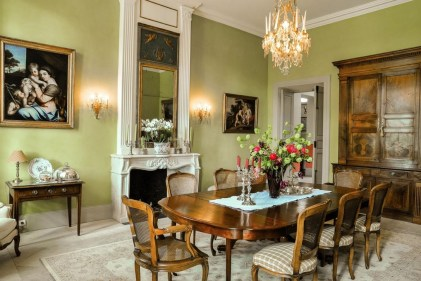 Incredible Fancy French Country Dining Room Design Ideas 28