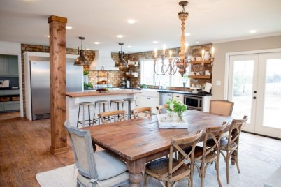 Incredible Fancy French Country Dining Room Design Ideas 37