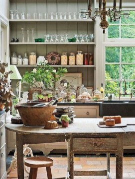 Incredible Fancy French Country Dining Room Design Ideas 44