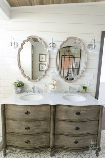 Modern Farmhouse Bathroom Remodel Ideas 20