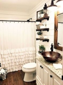 Modern Farmhouse Bathroom Remodel Ideas 55