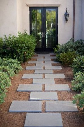 Stunning Front Yard Path Walkway Design Ideas 08