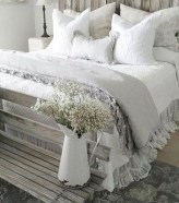 Awesome Farmhouse Style Master Bedroom Ideas 41