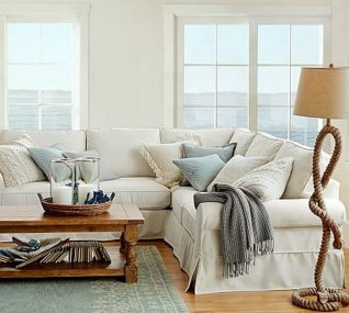 Comfy Coastal Themed Living Room Decorating Ideas 15