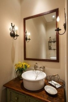 Gorgeous Rustic Farmhouse Bathroom Decor Ideas 06
