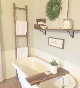 Gorgeous Rustic Farmhouse Bathroom Decor Ideas 13
