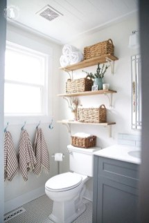 Gorgeous Rustic Farmhouse Bathroom Decor Ideas 39