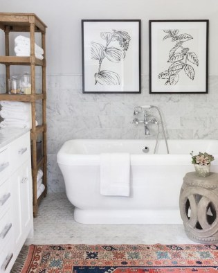 Lovely Eclectic Bathroom Ideas 23
