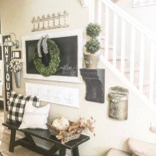 Charming Antique Farmhouse Decoration Ideas 10
