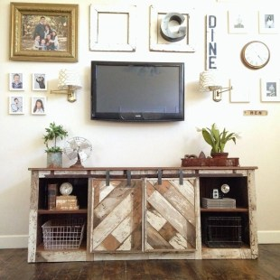 Cozy Minimalist Farmhouse Tv Stand Ideas 33