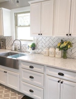 Cute Farmhouse Kitchen Backsplash Ideas 03