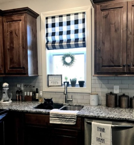 Cute Farmhouse Kitchen Backsplash Ideas 47