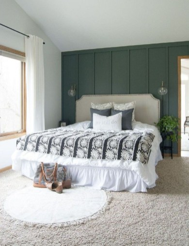 Inspiring Modern Farmhouse Bedroom Decor Ideas 50