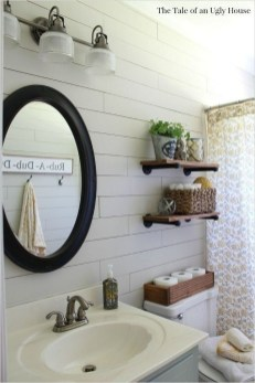 Lovely Farmhouse Bathroom Accessories Ideas 03