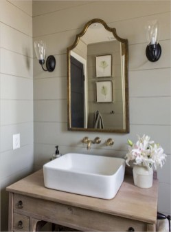 Lovely Farmhouse Bathroom Accessories Ideas 24