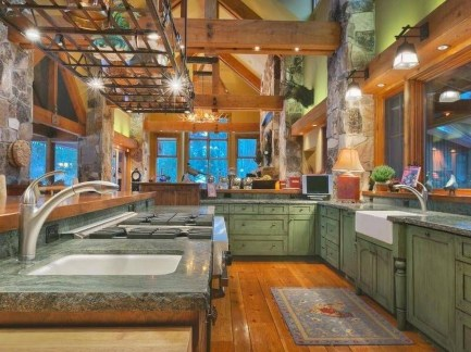 Magnificient Rustic Country Kitchen Ideas To Renew Your Ordinary Kitchen 43