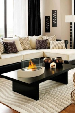 Simple Modern Living Room Decorations Ideas 19