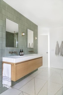 Adorable Contemporary Bathroom Ideas To Inspire 49
