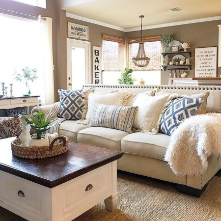 Awesome French Farmhouse Living Room Design Ideas 40