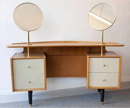 Cozy Mid Century Dressing Tables Vanities Ideas 23