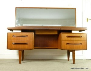 Cozy Mid Century Dressing Tables Vanities Ideas 44
