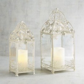 Exciting Christmas Lanterns For Indoors And Outdoors Ideas 21
