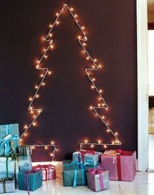 Fascinating Christmas Decor Ideas For Small Spaces 40
