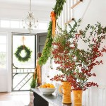 Gorgeous Ways To Decorate Your Stairs In This Christmas Ideas 02