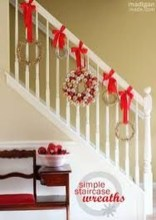 Gorgeous Ways To Decorate Your Stairs In This Christmas Ideas 34