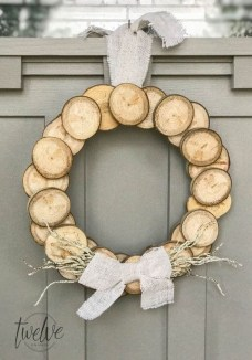 Lovely Homemade Christmas Decorations Ideas 44