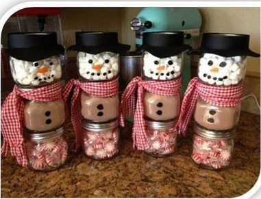 Lovely Homemade Christmas Decorations Ideas 48