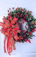 Lovely Traditional Christmas Decorations Ideas 37