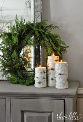 Lovely Traditional Christmas Decorations Ideas 44