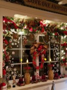 Magnificient Rustic Christmas Decorations And Wreaths Ideas 14