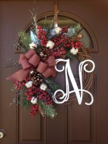Magnificient Rustic Christmas Decorations And Wreaths Ideas 24