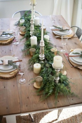 Modern Rustic Christmas Table Settings Ideas 34