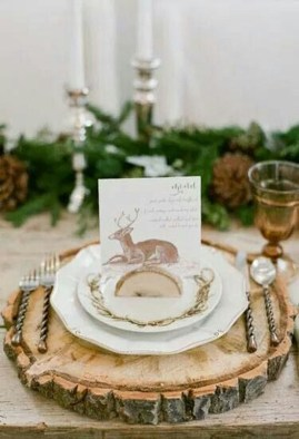 Modern Rustic Christmas Table Settings Ideas 51