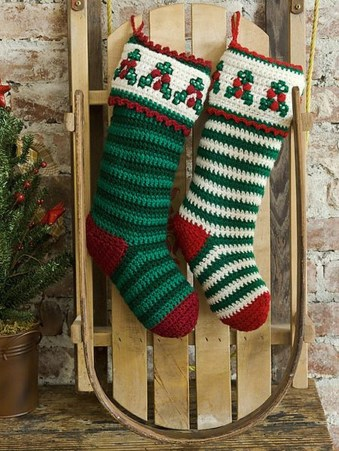 Perfect Christmas Stocking Decoration Ideas 06