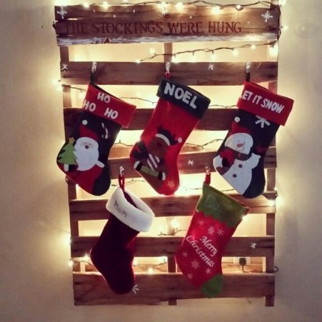 Perfect Christmas Stocking Decoration Ideas 07