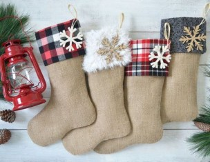 Perfect Christmas Stocking Decoration Ideas 10