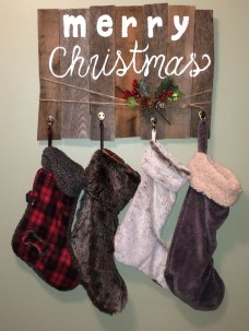 Perfect Christmas Stocking Decoration Ideas 29