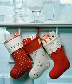 Perfect Christmas Stocking Decoration Ideas 38
