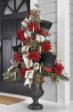Stylish Decorated Christmas Trees 2018 Ideas 30
