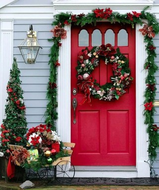 Wonderful Red Christmas Decoration Ideas 21