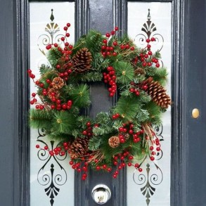 Awesome Christmas Wreath Decoration Ideas For Your Home 08